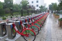 扬州市最早一批公共自行车站点正式建成